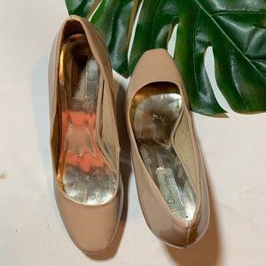 Olsenboye Shoes - Olsenboye Nude Heels; 9